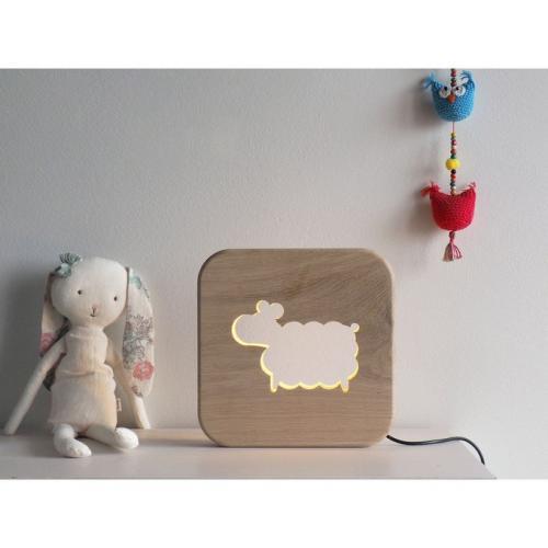 Veilleuse en bois mouton
